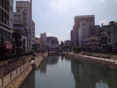 昼間の那珂川