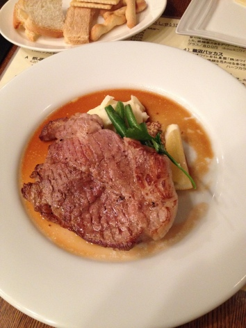 赤井川ポークのステーキ