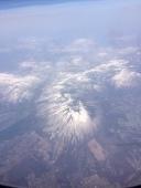 山の名前はわからないけど目立つ山でした。